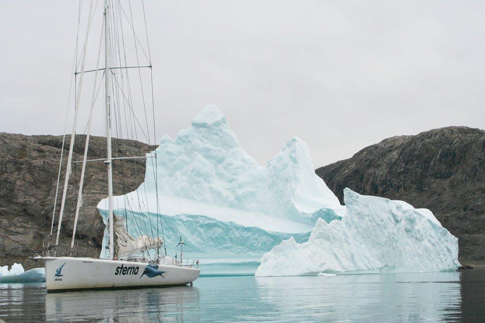 """2013-15 Viatges a les regions polars i travessies oceàniques amb l'""""Sterna"""""""